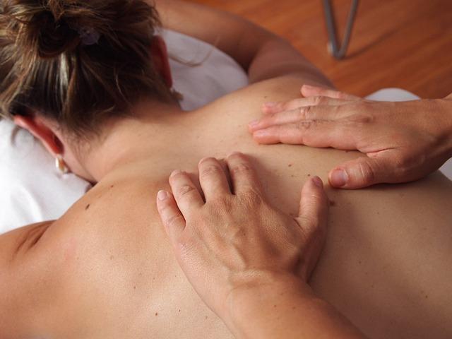 Come diventare massaggiatore e quanto guadagna